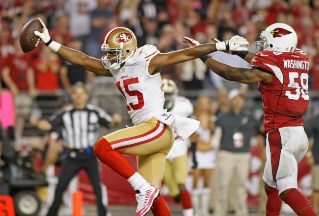 Smith Almost Perfect in 49ers' Victory Over Cardinals