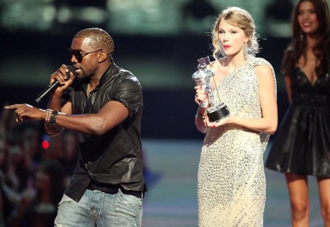 "Beyonce Recalls Reaction to Kanye's VMA Outburst: ""Oh, No, No, No!"""