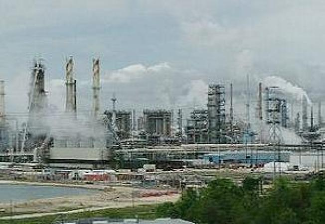 ExxonMobil Fined for Violating Clean Air Decree at Four Refineries
