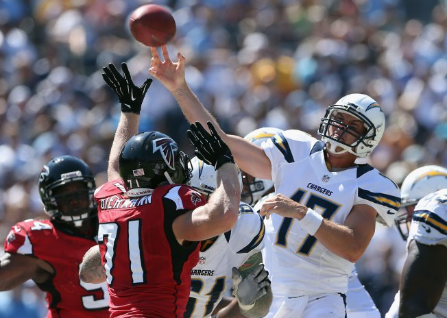 Chargers Defeated by Falcons 27-3