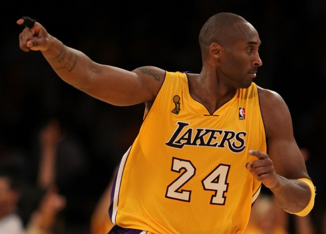 Lakers Make It Dramatic on Opening Night