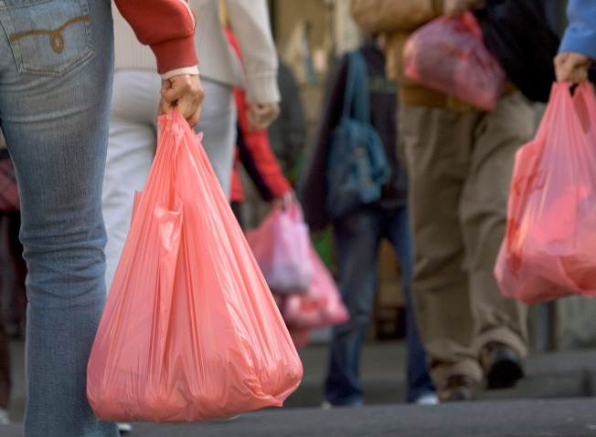 Plastic Bag Ban Clears Calif. Assembly