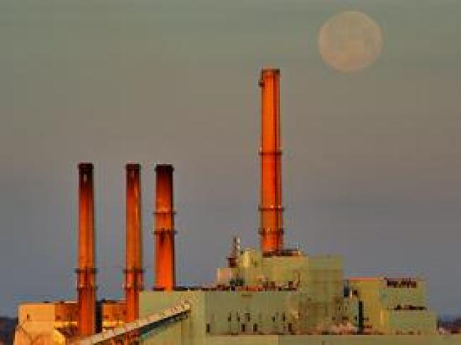 Governors Fume Over Bush's Last Minute Air Pollution Rule