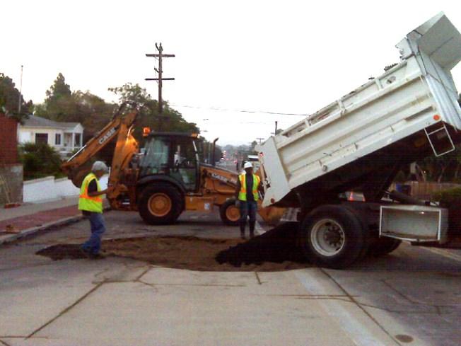 Crews Scramble to 2nd Water Main Break