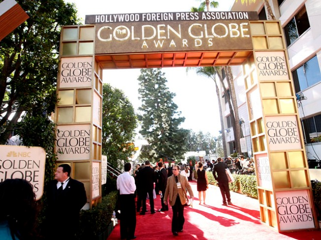 Be on the Golden Globes Red Carpet