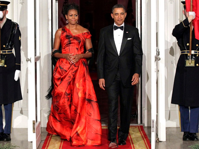 Michelle Obama's Wardrobe Choice Questioned by Oscar de la Renta