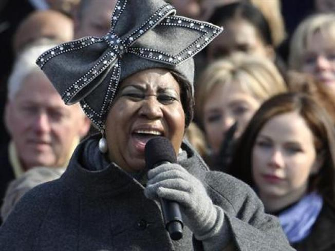 Smithsonian Wants Aretha's Hat
