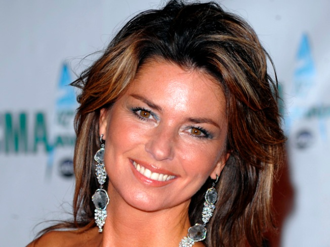 Shania Twain to Write Autobiography