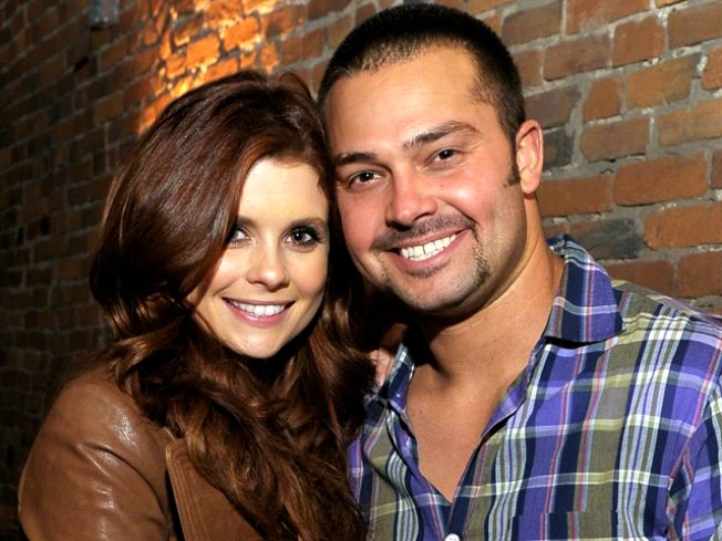 Joanna Garcia and Nick Swisher Get Hitched