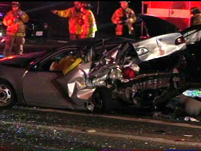1 Killed, 4 Hurt in Suspected DUI Crash