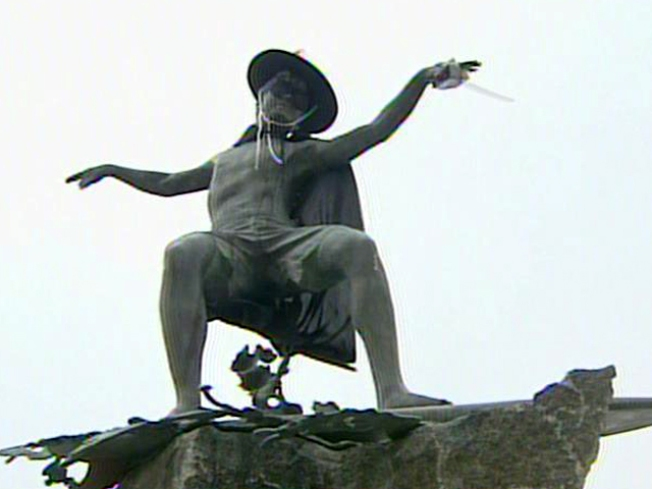 """Cardiff Kook"" Wears Mask of Zorro"