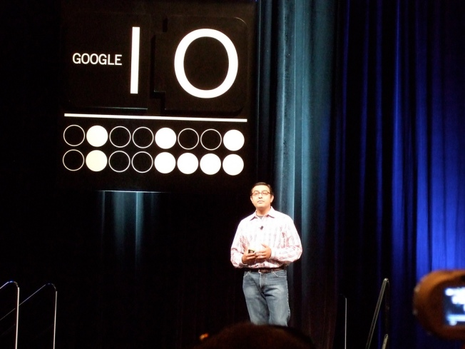 """Google Executive Worried About """"Draconian Future"""" of Apple"""
