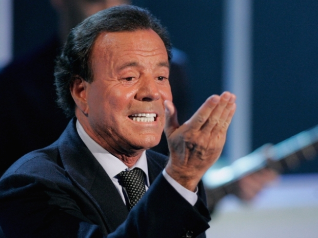 Spanish Singer Julio Iglesias Marries in Secret