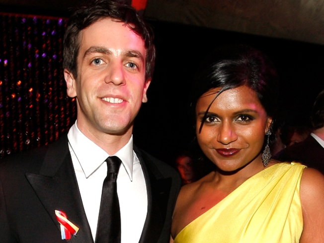 """Office"" Star Mindy Kaling Giving Fans a Peek Inside Her ""Purse"""