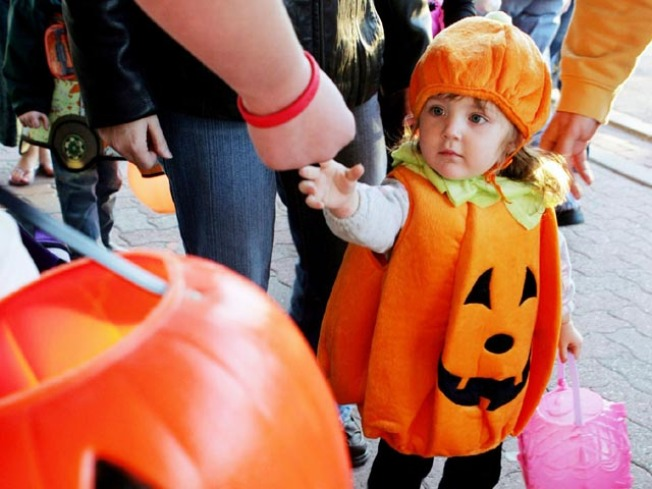 Top 5 SD Neighborhoods for Trick-or-Treating
