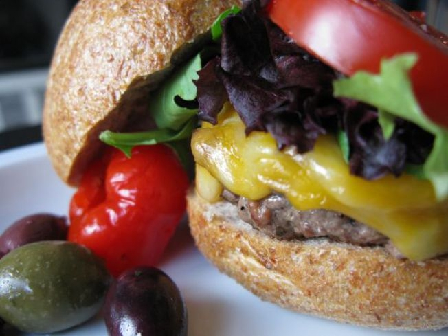 Fast Food Linked to Alzheimer's?