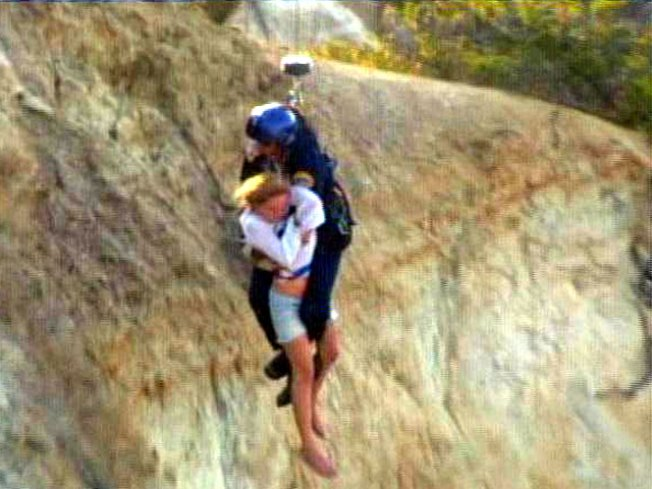Hikers Rescued from Cliff