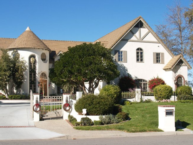 Home Prices Sink to 2003 Levels