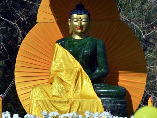 World's Largest Jade Buddha