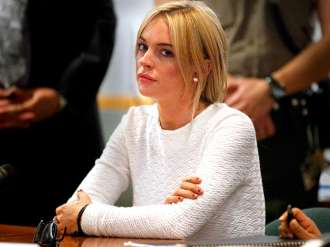 "Lohan Tweets: ""I Was Not Raised to Lie, Cheat, or Steal"""