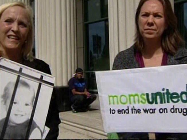 Moms Unite to Legalize Marijuana
