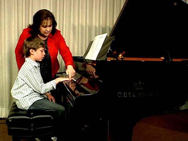 Piano Teacher Hits Right Note With Autistic Students