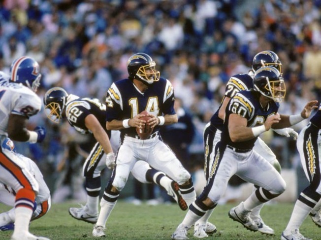 Chargers Fun Fact: The Legendary Dan Fouts