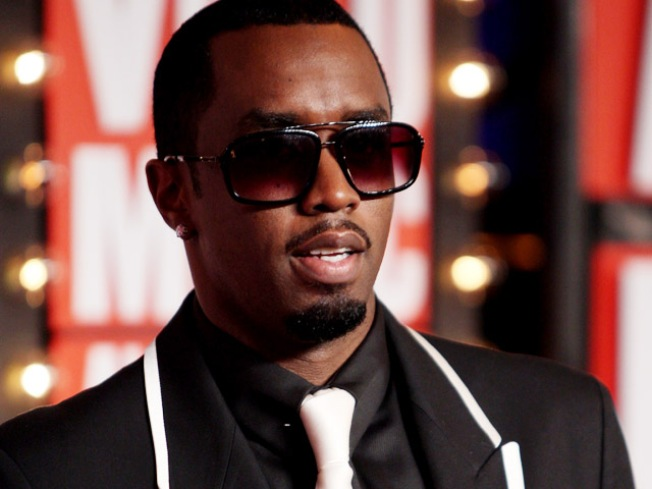 Diddy's Clothing Line Sues Over NYC Store Scaffold