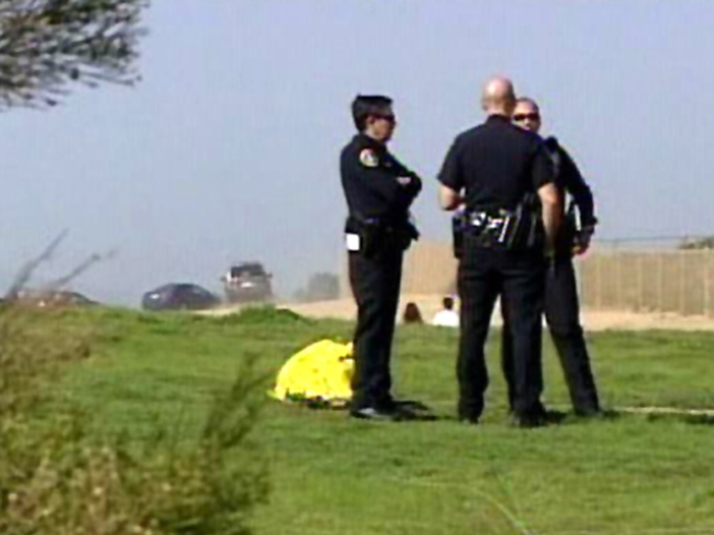 Beachgoers Find Body at Torrey Pines