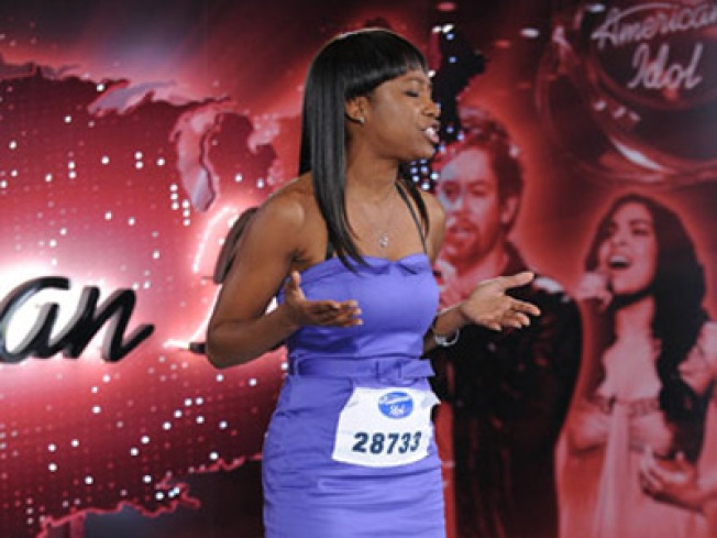 """American Idol"" Contestant Fighting Through Competition While Mother is Missing"