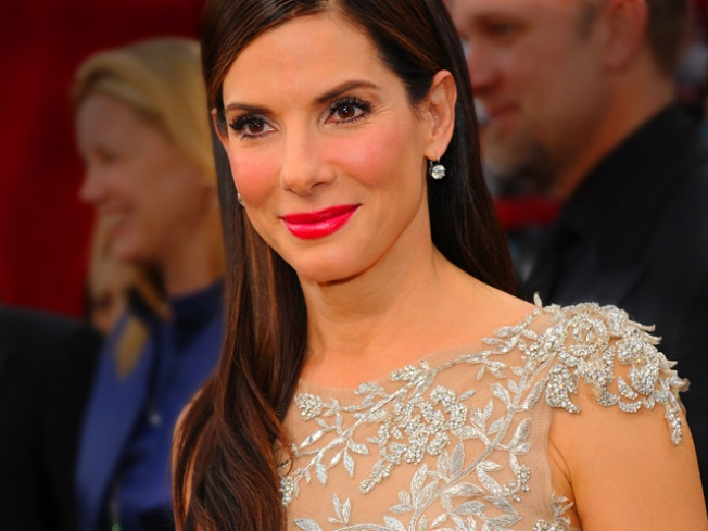 Sandra Bullock Makes a Surprise Outing To Receive Award