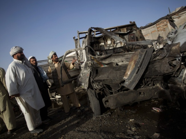Suicide Bomber Kills 16 in Kabul