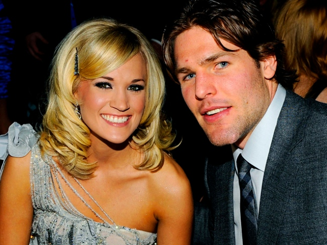 Score: Carrie Underwood's Hockey Hunk Traded to Nashville
