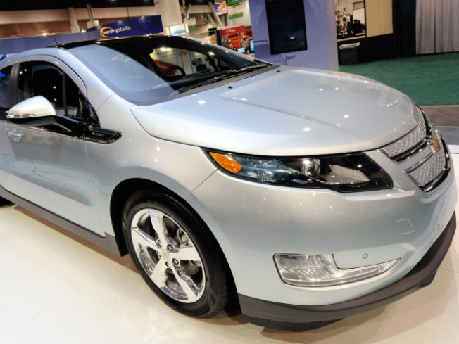 Review: Chevy Volt to Hit Road Soon