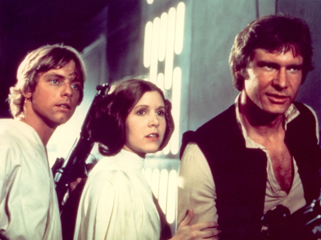 """Star Wars"": George Lucas Tipped Off Mark Hamill and Carrie Fisher About New Trilogy Before Big Announcement"