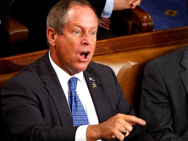 """House Votes to Admonish Wilson for """"You Lie"""" Outburst"""