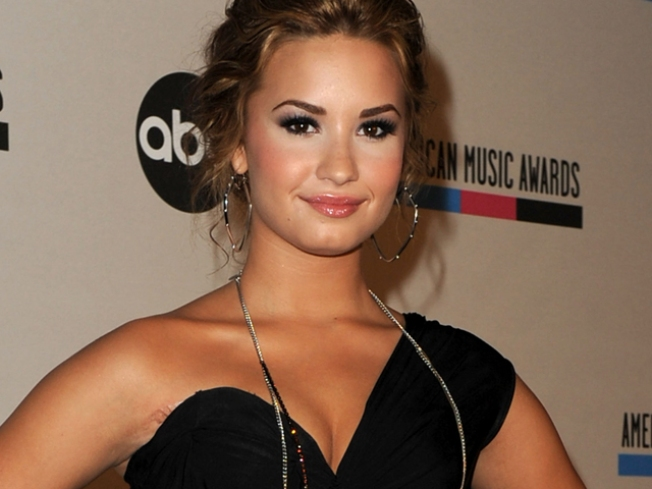 Demi Lovato Settles Lawsuit With Dancer She Hit