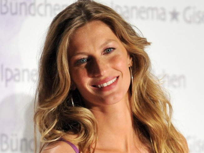 "Gisele: We Need a ""Worldwide"" Breastfeeding Law"