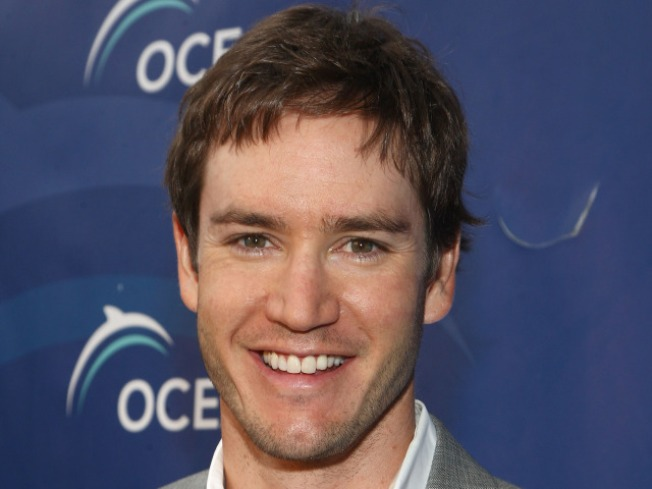 Mark-Paul Gosselaar Talks Moving From the Screen to the Stage
