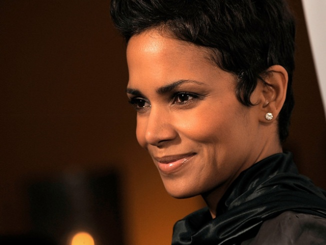 Halle Berry, Colin Farrell & Matthew Fox Added To List Of Golden Globe Presenters