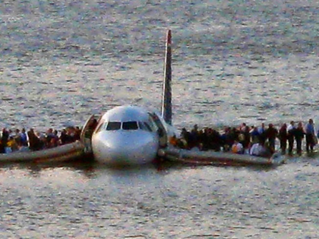 """Miracle on Hudson"" Jet Lands on Auction Block"