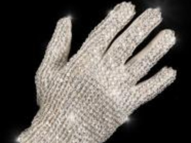 Jacko Glove Fetched $49G Down Under