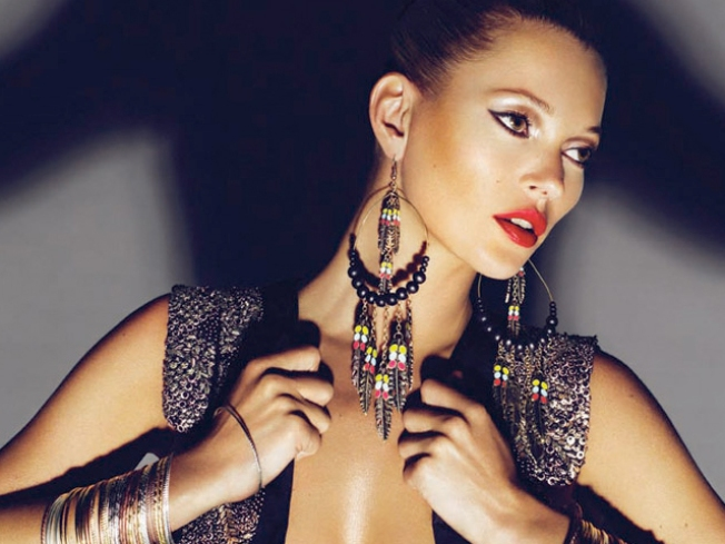 Report: Kate Moss Engaged to Guitarist