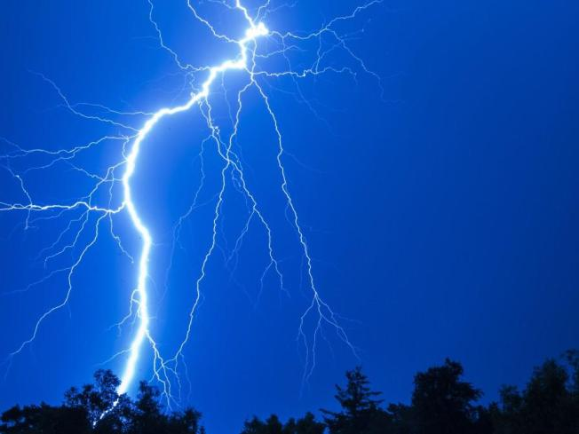 Lightning Storms Leave Thousands in the Dark