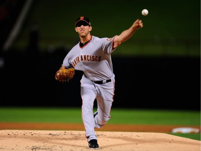 Giants Are a Win Away From Turning the Rangers Into Pumpkins