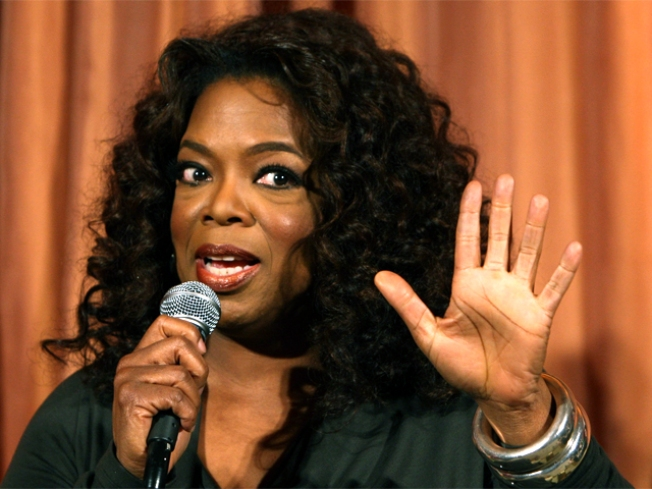Suit Denies Sex on Oprah's Jet