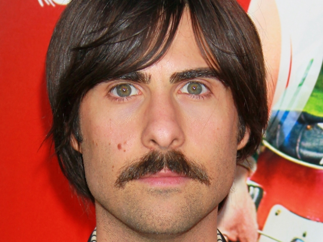 Jason Schwartzman to be a Father