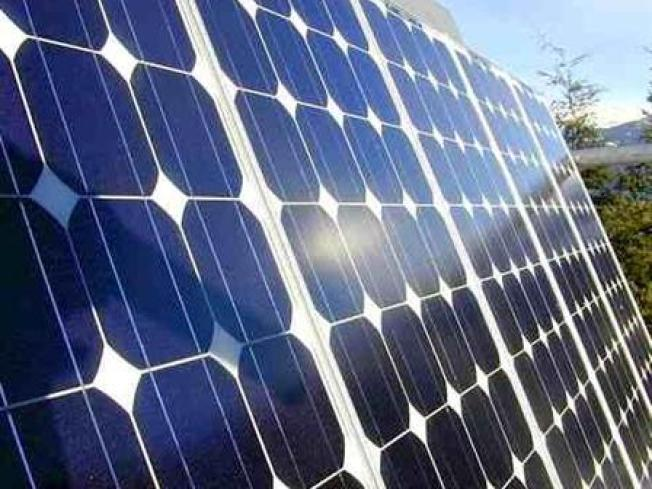 Apt Complex First to Use Only Solar Power