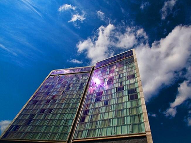 Hotel Sets Standard for Manhattan Peep Show