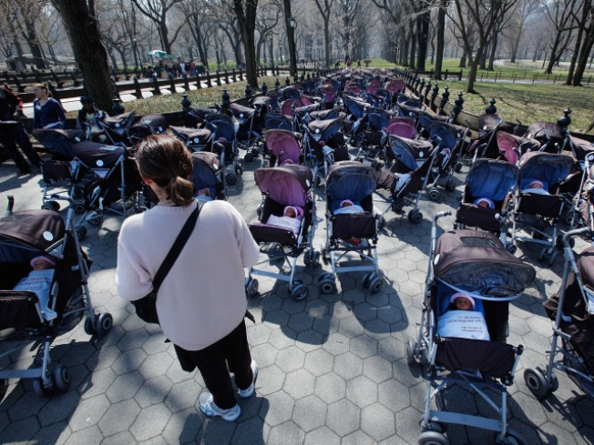 1.5 million Strollers Recalled by Graco
